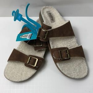 Mad Love Women's Sandals dual buckle size 11 NWT